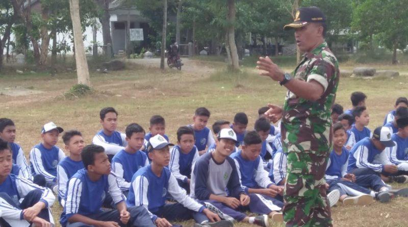 Tanamkan Disiplin, TNI Berikan Wasbang dan PBB Saat MPLS