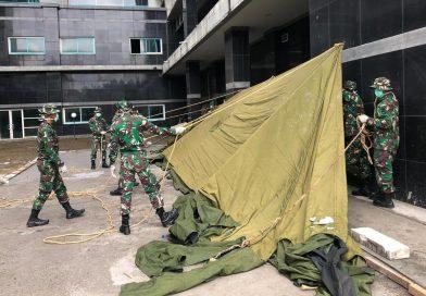Brigif Para Raider 18 Dirikan Tenda Darurat Isolasi di RS Universitas Brawijaya Malang