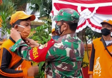 Babinsa Koramil 03/Senen Sosialisasikan  Pergub DKI tentang Protokol Kesehatan