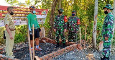 Bangun Bak Sampah Untuk Warga, Danrem 081/DSJ : Upaya Kami Mengajak Hidup Bersih dan Sehat