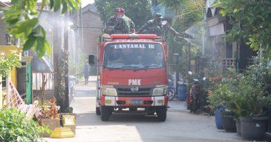 Lantamal III Lakukan Penyemprotan Disinfektan Di TWP TNI AL Ciangsana