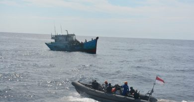 TNI AL Tangkap Aksi Illegal Fishing Dua Kapal Ikan Vietnam di Laut Natuna Utara