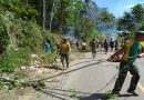 Jamin Kebersihan Lingkungan, Satgas Yonif 413 Kostrad Gelar Karya Bhakti di Kampung Kukup