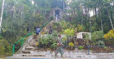 Satgas TMMD Kodim 1711/BVD Rehab Wisata Rohani Goa Maria dan Patung St. Benediktus Abbas