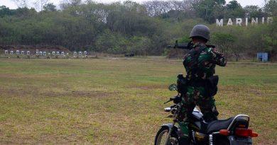 Asah Kemampuan dan Keterampilan Prajurit Yonhow 2 Mar Latihan Tembak Tempur