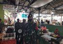 Babinsa Koramil 08 JB dan Koarmada Patroli Protokol Kesehatan di Pasar Lokibin Abdul Gani