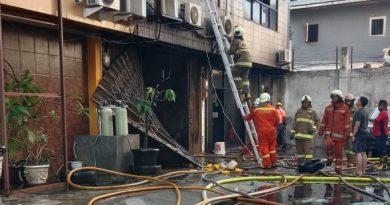 Babinsa Koramil Gambir : Satu unit Ruko Ketapang Permai terbakar, Korban nihil