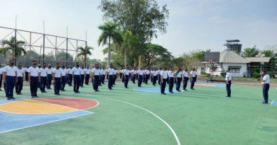 Danyon Zeni 2 Mar Laksanakan Jam Komandan Kepada Prajurit Petarungnya