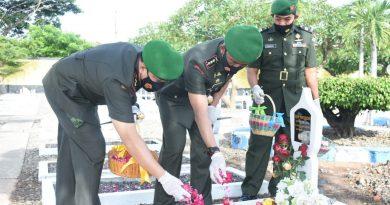 Ziarah Dalam Rangka Peringati HUT Ke 57 Korem 081/DSJ