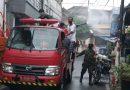 Babinsa Kemayoran Bantu Sterilisasi Wilayah Bersama Damkar