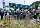 Peringati Hari Bhakti PUPR yang Ke-75 Tahun, Satgas Yonif MR 413 Kostrad Ikut Tanam 1.000 Pohon