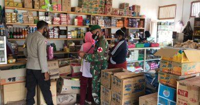 Satgas Yonif 125/Simbisa Bersama Puskesmas Sota dan Aparat Kepolisian Setempat Sidak Rumah Makan dan Kios