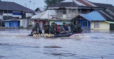 Korps Marinir TNI AL Bersama Dandim 1006 Martapura dan DPRD Cek Rute Banjir