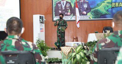Panglima TNI dan Kapolri Mantapkan Sinergi TNI-Polri di Papua