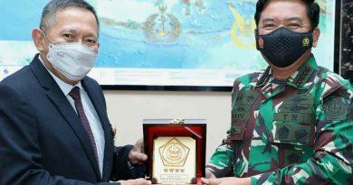 Panglima TNI Menerima Audiensi Katimlak KKIP