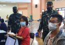 Babinsa Koramil 02/Sawah Besar Awasi Prokes Selama Vaksinasi Lansia