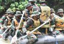 Dansat Marinir Adu Kemampuan Lintas Medan