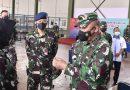 Kasum TNI Tinjau  Serbuan Vaksinasi Covid-19 Pada Ribuan Babinsa dan Babinpotdirga di Solo