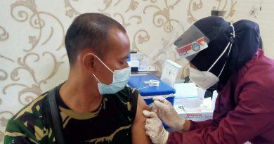 Cegah penyebaran penularan, Prajurit Komodo Petarung laksanakan vaksin Covid 19 tahap pertama