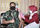 Komandan Resimen Kavaleri 2 Marinir Bersama Prajurit Laksanakan Serbuan Vaksin Covid-19