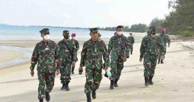 Korps Marinir TNI AL gelar Pendaratan Amfibi di Dabo Singkep