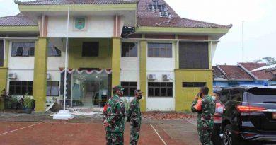 Dandim 0806/Trenggalek Tinjau Lokasi Bangunan Rusak Akibat Gempa