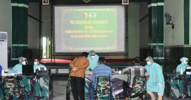 Peduli Kepada Purnawirawan Dan Warakawuri, Kodim 0803/Madiun Gelar Vaksinasi Covid-19 Tahap l