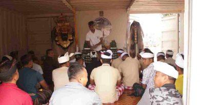 Hari Raya Galungan, Umat Hindu Satgas Kizi MINUSCA Sembahyang di Pura Santhi Buana
