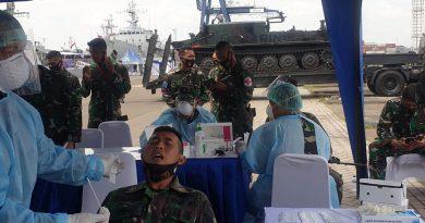 Jelang Mendarat di Dabo Singkep Ratusan Prajurit Marinir Swab Test Antigen