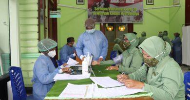 Ibu – ibu Persit KCK Cab XVII Dim 0803 Lasanakan Vaksinasi Covid-19 Tahap l