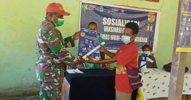 Sosialisasi Vaksin Covid 19 Dilakukan Babinsa Yapbar hingga ke Pelosok Kampung
