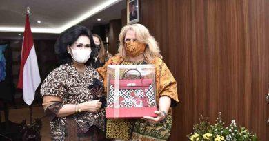 Ketua Umum Dharma Pertiwi Terima Courtesy Call President of Milat Spouse