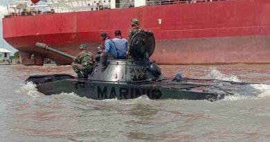 Batalyon Tank Amfibi 2 Marinir Laksanakan Uji Kelaikan Ranpur Tank PT 76 (M) Dan Sertifikasi Kelaikan Material Tempur