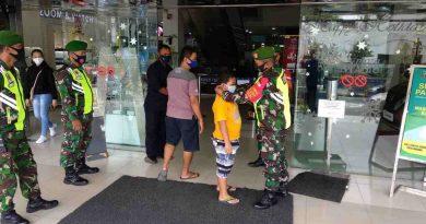 Terpantau Ramai Pengunjung, Jajaran Kodim Madiun Gelar Operasi Yustisi Di Pusat Perbelanjaan