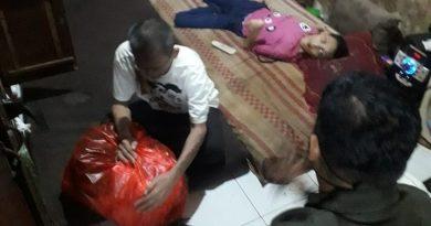 Satu Keluarga Menderita Sakit Menahun Kodim 0501 JP BS Beri Bantuan, Dandim : Semoga ada dermawan yang turut membantu