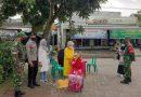 Cegah dan Putus Penyebaran Covid 19 Di Pasar, Anggota Koramil 06/Kwadungan Bersama Petugas Kesehatan Lakukan Rapidtest