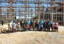 Satgas Pamrahwan Yonif 751/VJS Bersama Warga Karya Bakti Pembangunan Gereja
