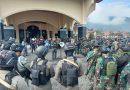 TNI POLRI Gelar Apel Pengecekan Personel Amankan Acara Bakar Batu Dalam Rangka Perdamaian Perang Suku