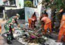 Babinsa Koramil 04 Gambir Pantau Pelaksanaan Grebeg Lumpur