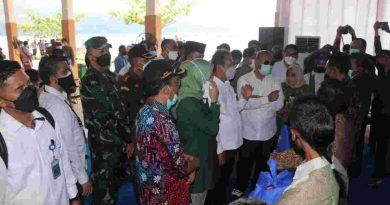 Forkopimda Tulungagung Dampingi Kunjungan Kerja Menteri KKP di Pantai Sine