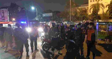 Tiga Pilar Kecamatan Kemayoran Laksanakan Patroli PPKM Untuk Cegah Kerumunan Warga