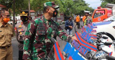 Dandim Dampingi Bupati Tulungagung Pimpin Apel Gelar Pasukan Dan Peralatan Antisipasi Menghadapi Bencana Alam