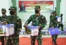 Kasilog Kolakops Rem 173/PVB mewakili Dankolakops Rem 173/PVB Berikan Bingkisan Lebaran Dari Panglima TNI