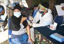 TNI AL Laksanakan  Vaksin Covid -19 untuk  Masyarakat Maritim di Desa Pepe