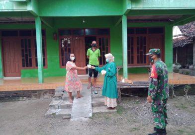 Door to door, Babinsa Jajaran Kodim 0803/Madiun Salurkan Bantuan Obat-obatan
