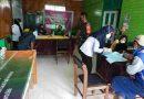 Babinsa 1705-01 Nabire Laksanakan Pendampingan Vaksinasi di Distrik Yaro