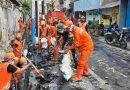 Antisipasi Banjir Jelang Musim Hujan, Babinsa Koramil 02 SB dan Unsur Tiga Pilar Gelar Grebek Lumpur
