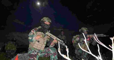 Pasukan Taifib Korps Marinir  Infiltrasi Daerah Musuh